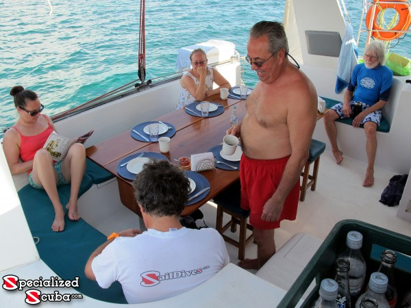 Belize, Breakfast on Board